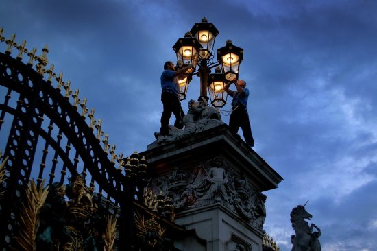 Sugg Gas Lights at Buckingham Palace