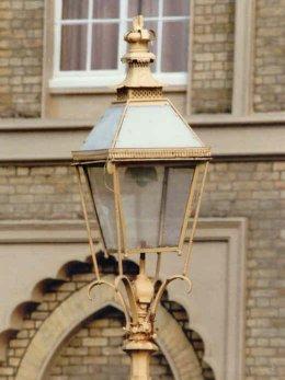 Cradle lantern orig Brighton Pavilion 260 x347 px