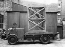 Street Ltg Access Truck 1926 Singer converted rot & cut 260