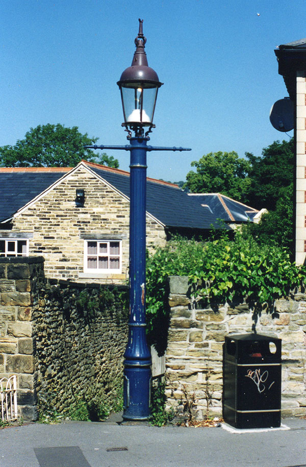 Webbs-Sewer-lamp-2