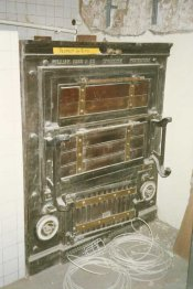 Windsor Castle orig Oven 175