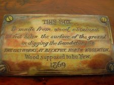wooden box plaque 225