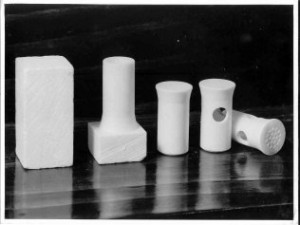 Steatite steps in manufacture rotate 25